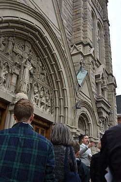 Architectural expert explores the Cathedral of the Madeleine during tour